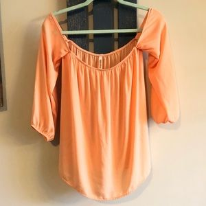 Tops - Small flowy off the shoulder top